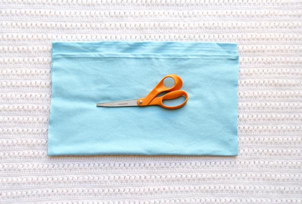 How-to-make-tshirt-yarn-step-2.1-molliemakes.com_