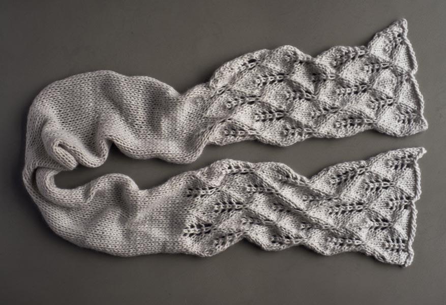 ажурный шарф узором листья