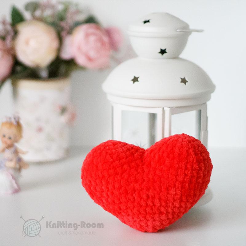 Сердце крючком из плюшевой пряжи