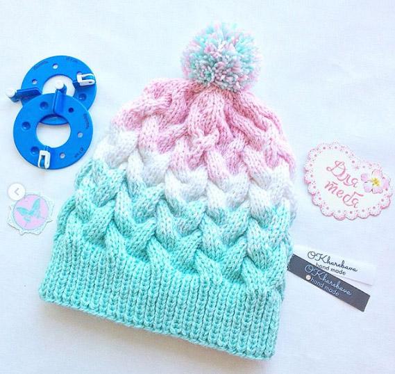 шапка с градиентом спицами описание вязания